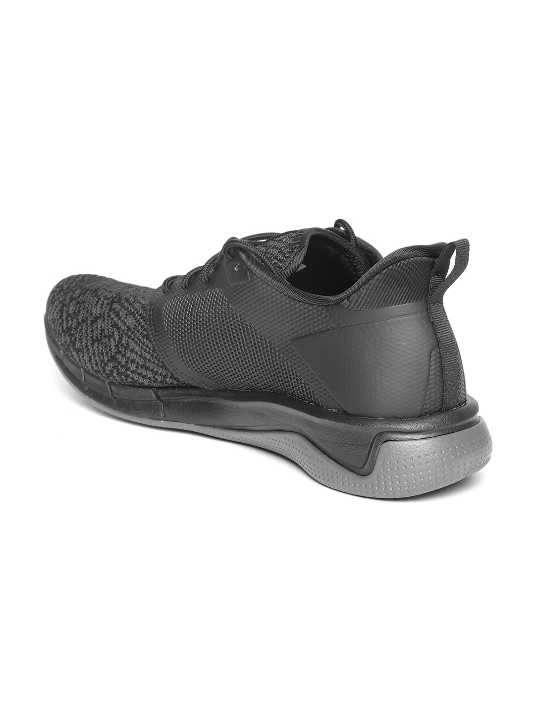 b9ad41ab6c0138 Buy Reebok Men Black   Grey Print Run 3.0 Patterned Running Shoes ...
