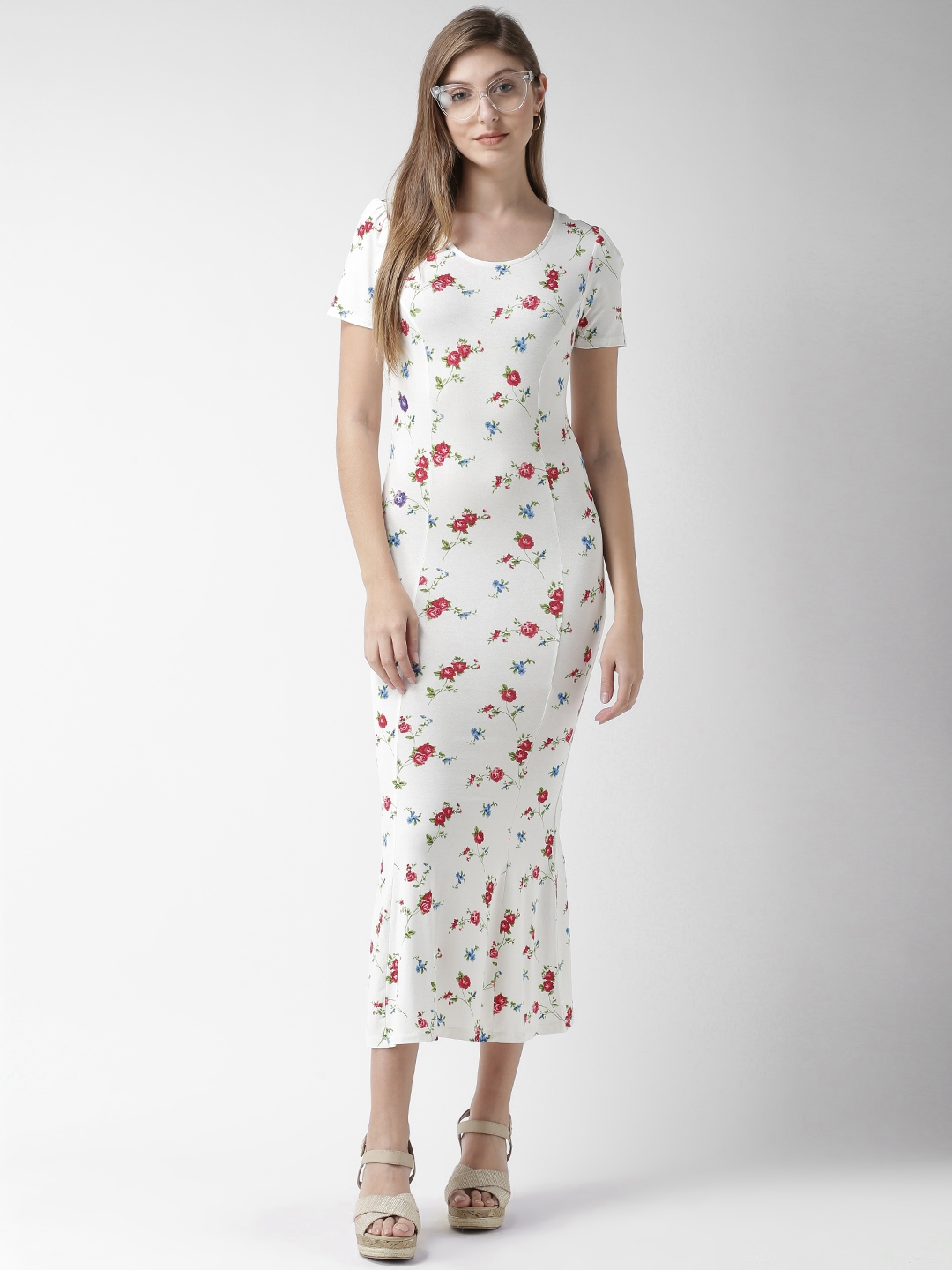 a4c625a6b375 Buy FOREVER 21 Women White   Red Floral Printed Maxi Dress - Dresses ...