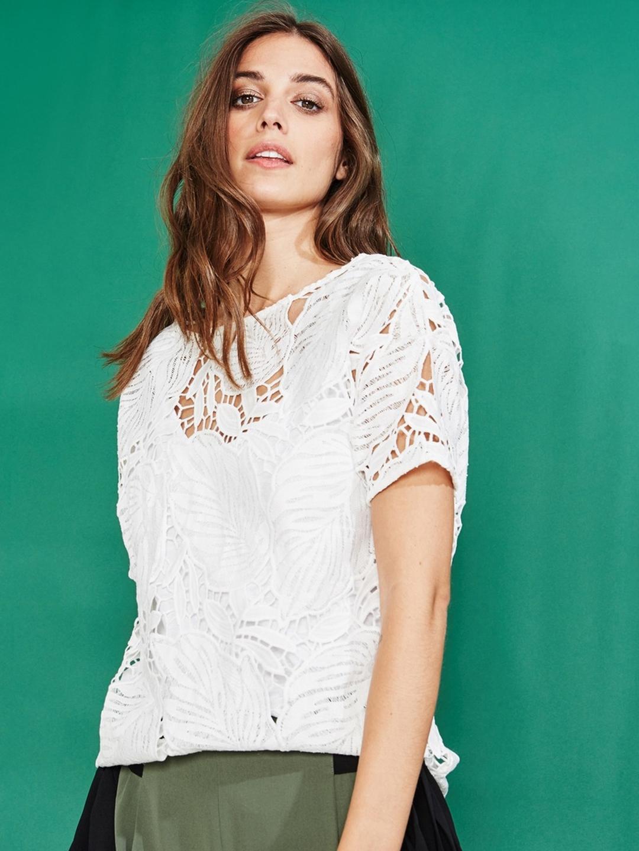206d1a2737d331 Buy Promod Women White Self Design Top - Tops for Women 6958399