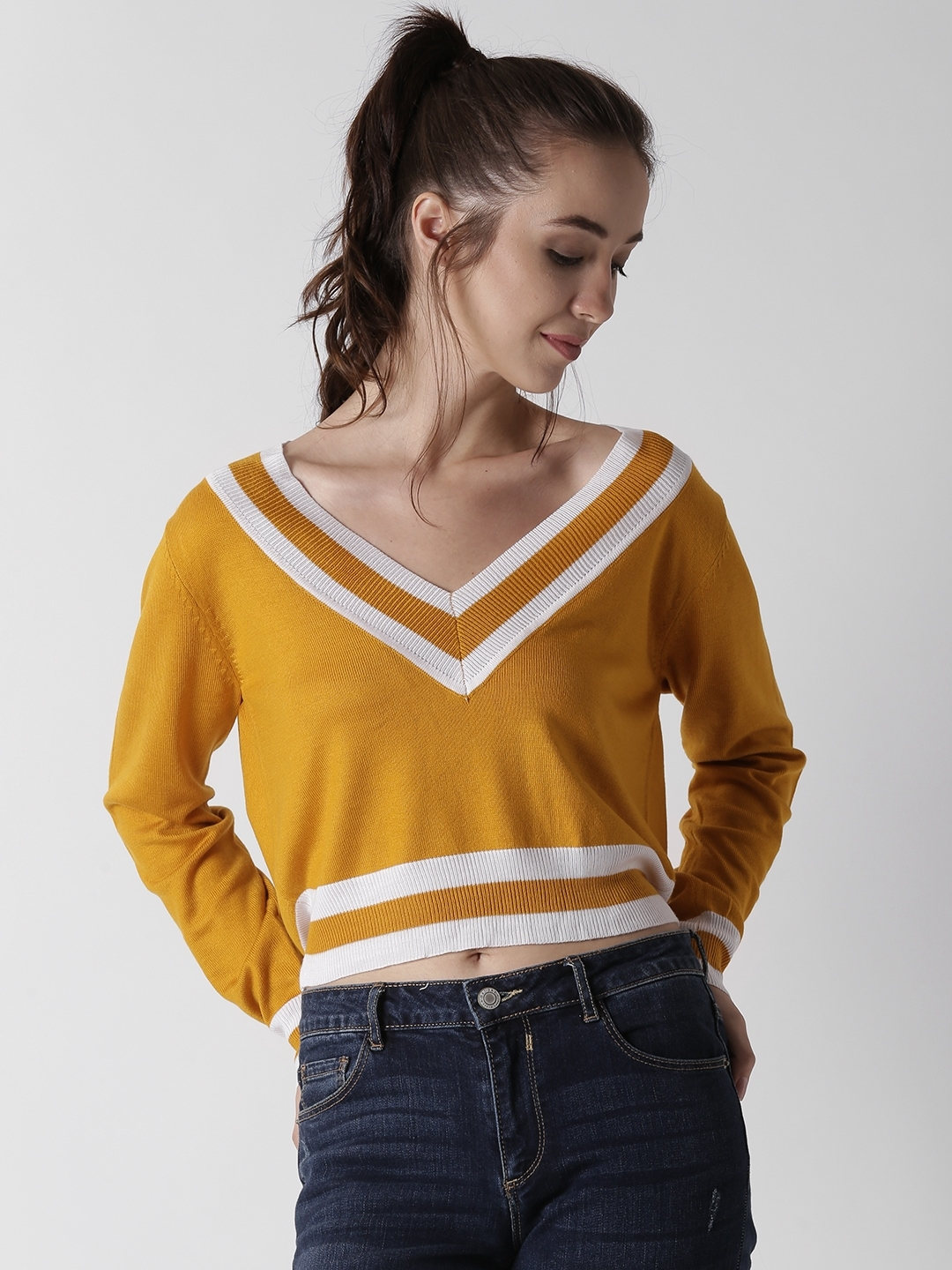 42c80487fb3dd9 Buy FOREVER 21 Women Mustard Yellow   White Solid Cropped Pullover ...