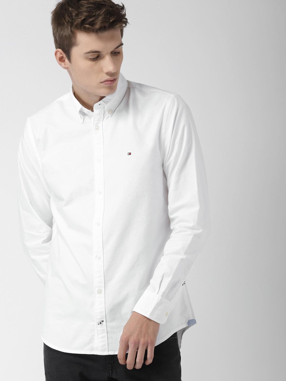 1564fe3e41b Buy Tommy Hilfiger Men White Smart Slim Fit Oxford Casual Shirt ...