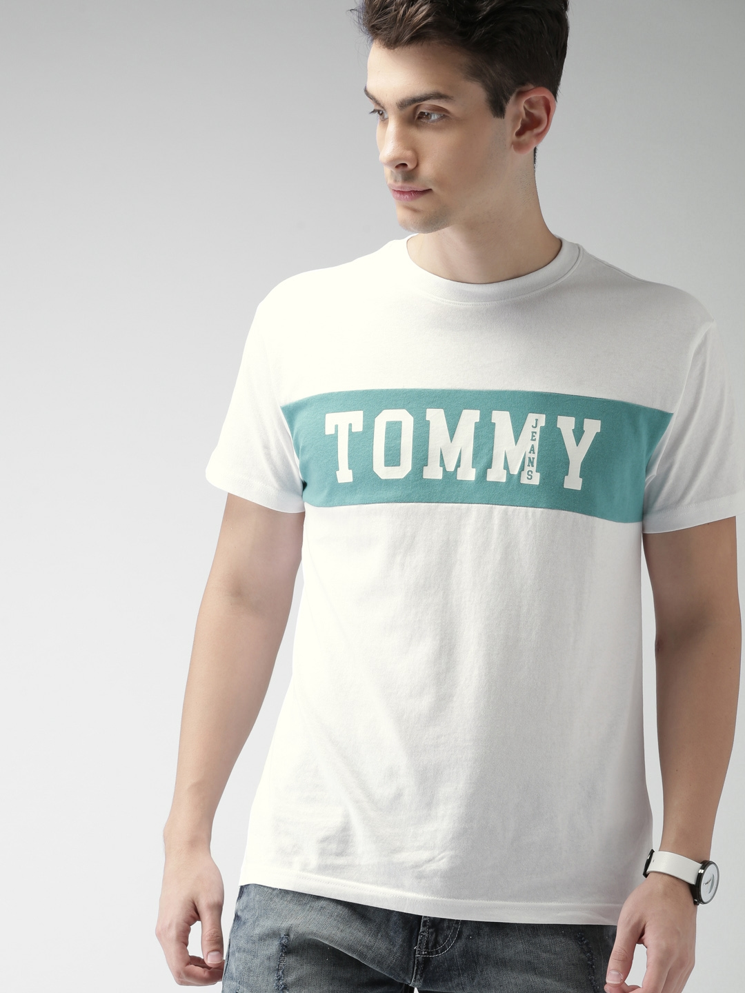 6c1a51a4 Buy Tommy Hilfiger Men White & Green Printed Round Neck T Shirt ...