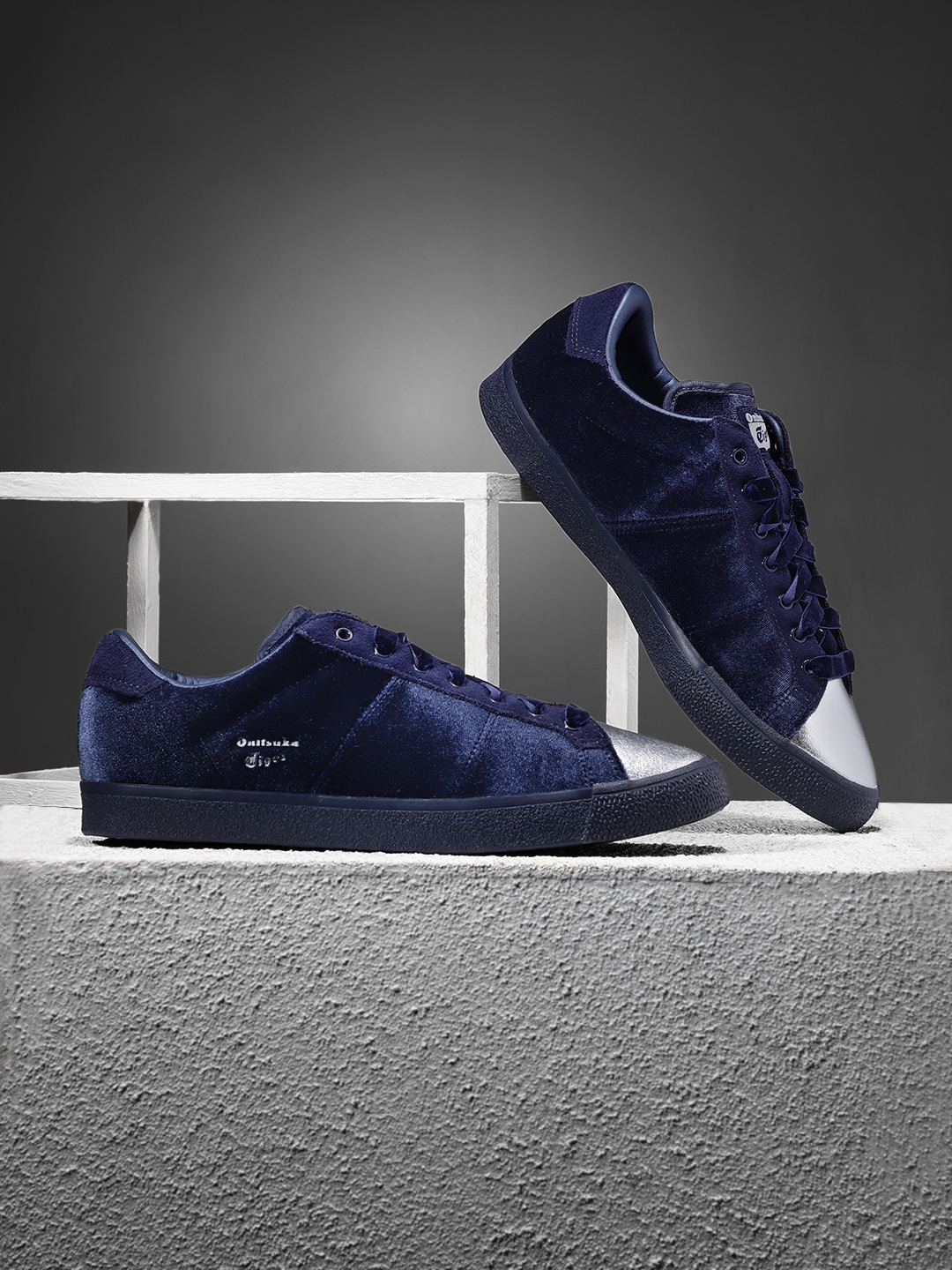 half off 0216a b0508 Onitsuka Tiger Women Navy Blue Lawnship Sneakers