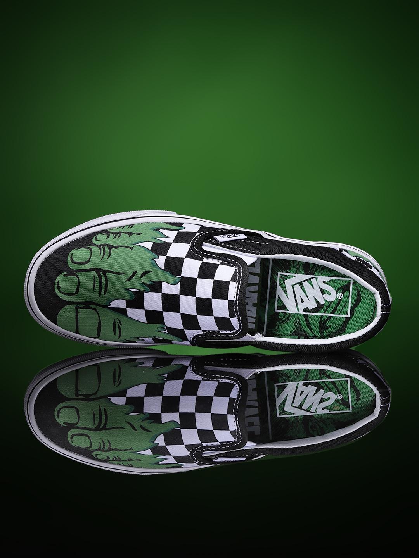 7ab6d98a761e Vans Unisex Green   Black Marvel Hulk Printed Classic Slip-On Sneakers