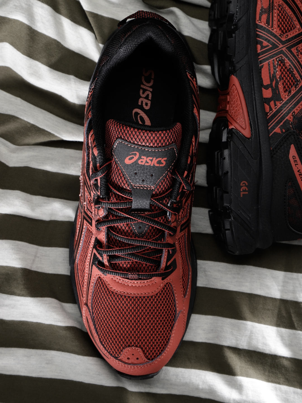 63520658bed1 Buy ASICS Men Black   Red Gel Venture 6 Running Shoes - Sports Shoes ...