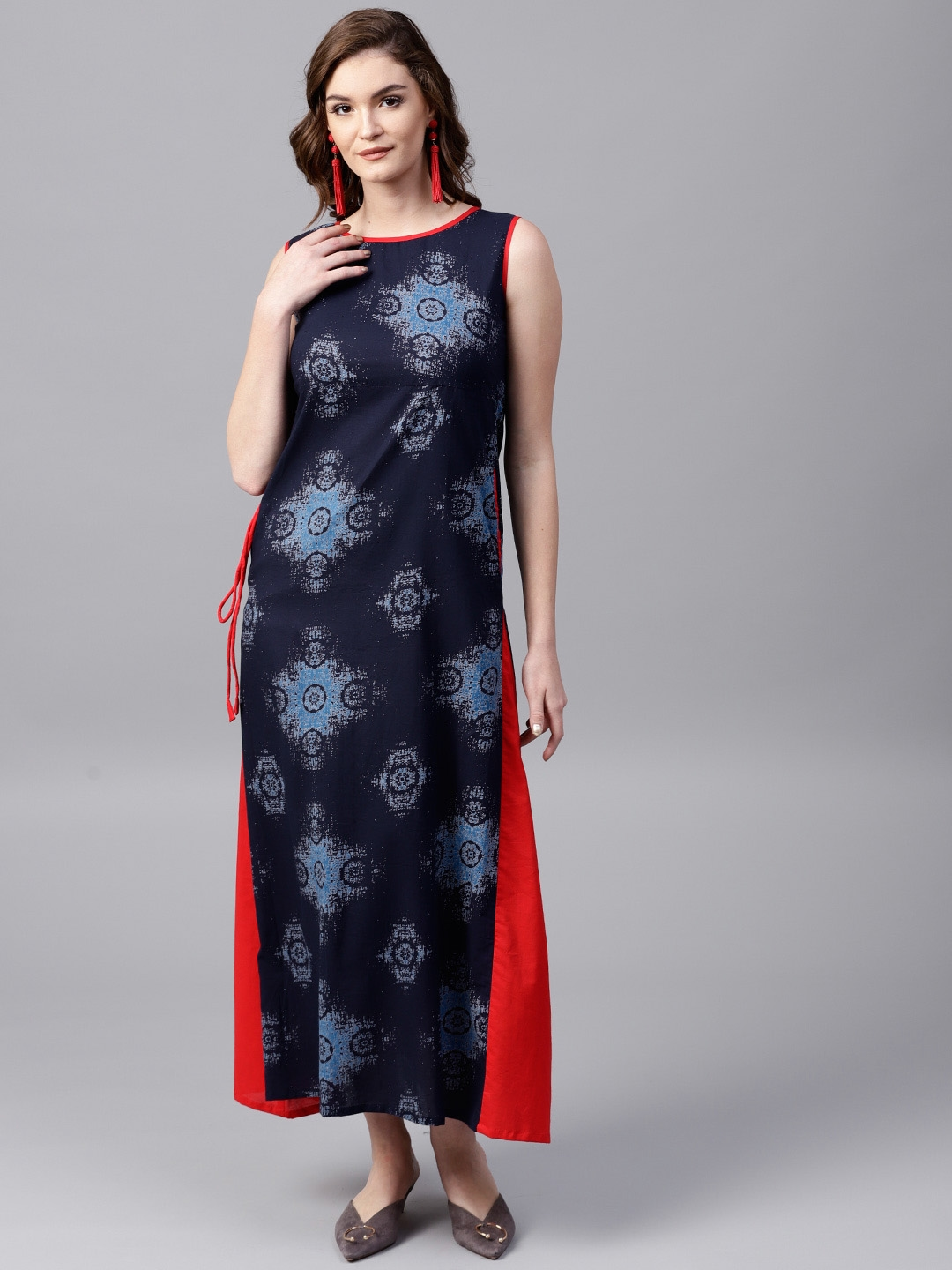 af2e44c365f2 Buy AKS Women Navy Blue   Red Printed Maxi Dress - Dresses for Women ...