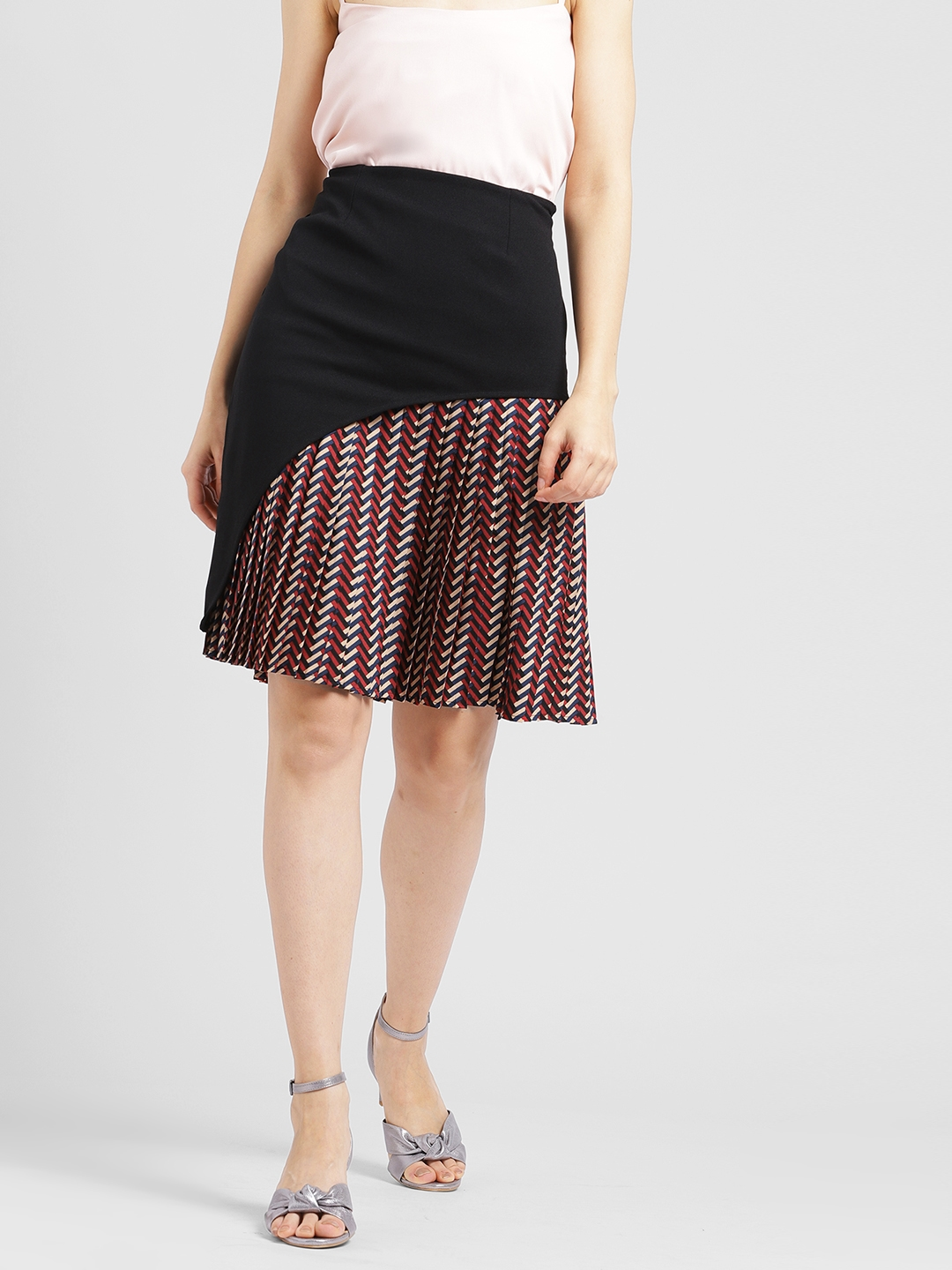 353710a8dfae Buy Leo Sansini Women Black & Maroon Colourblocked A Line Skirt ...
