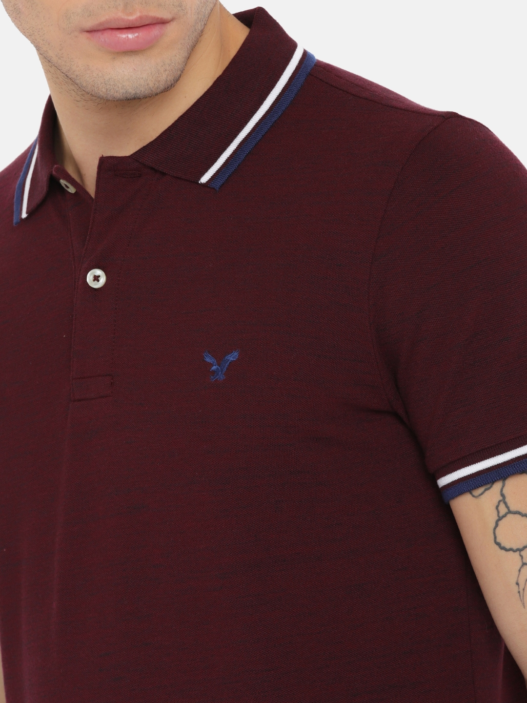 95287f405fd Buy AMERICAN EAGLE OUTFITTERS Men Burgundy Solid Polo Collar T Shirt ...