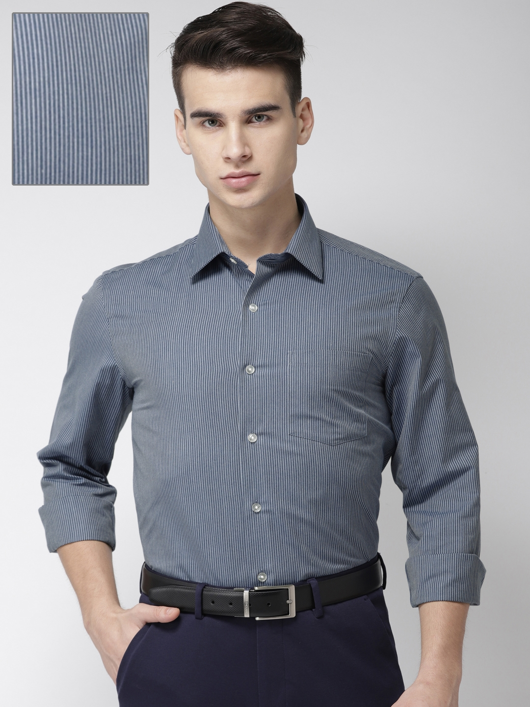 e06a54687e2 Buy Arrow Men Blue   Off White Slim Fit Striped Formal Shirt ...