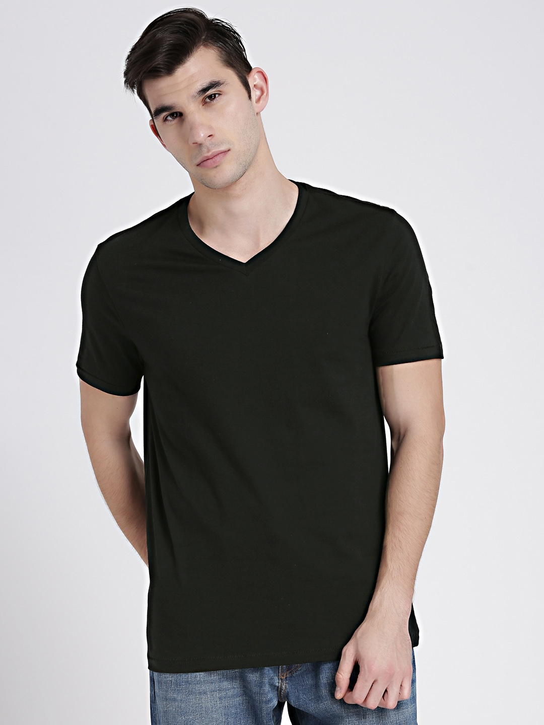 6c4d9b0d31fe01 Buy GAP Men s Classic V T Shirt - Tshirts for Men 7226770