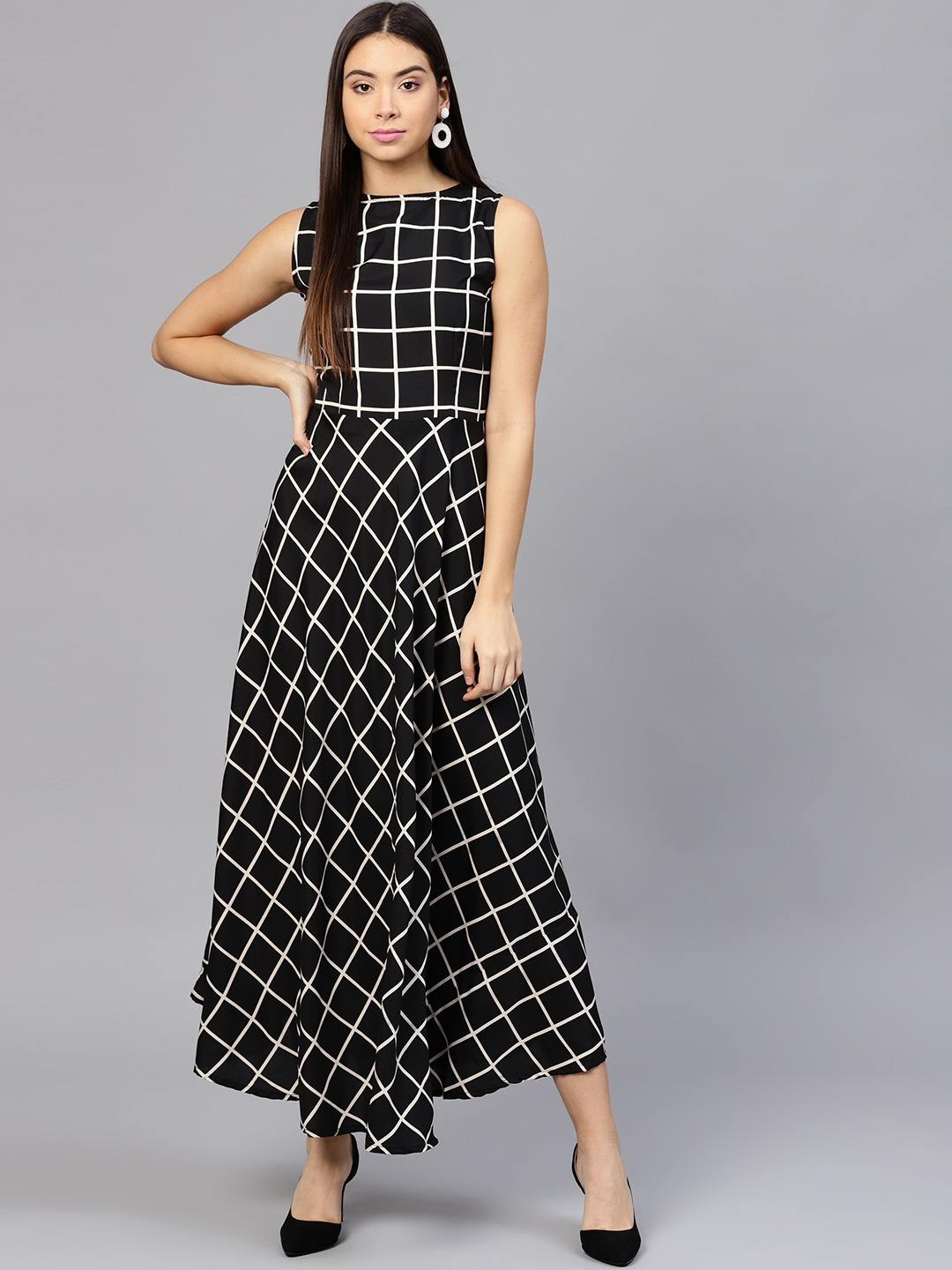 08d5ae2ed2 Buy Aasi Women Black & White Checked Maxi Dress - Dresses for Women ...