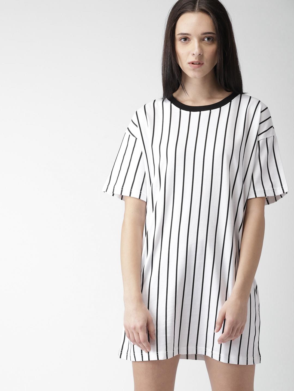 b8d92fd9def Buy FOREVER 21 Women White   Black Striped T Shirt Dress - Dresses ...