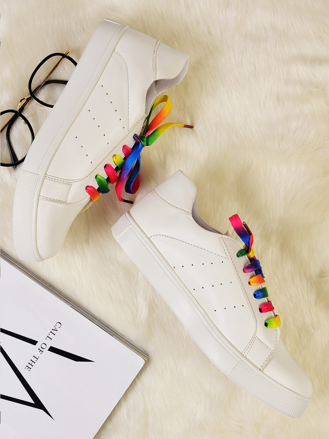 Sneakers Street Style Store On Sale, UP TO 20 OFF