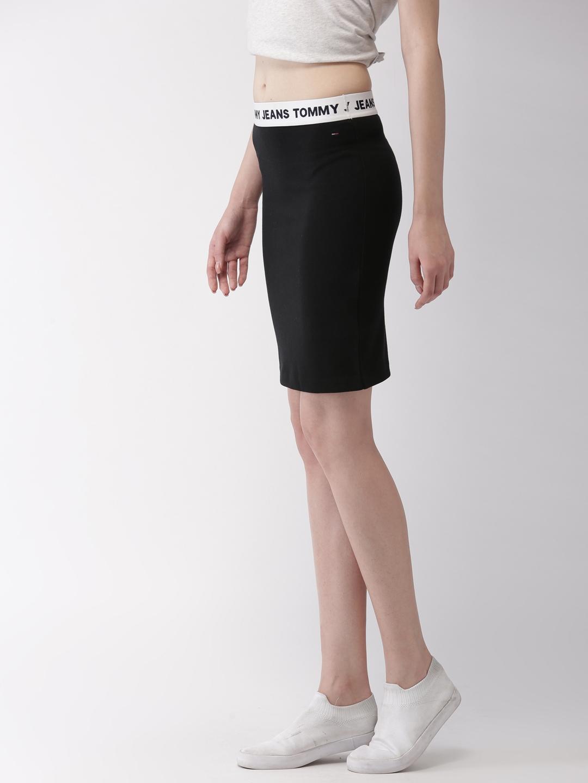0af1e2971c Buy Tommy Hilfiger Women Black Solid Pencil Skirt - Skirts for Women ...
