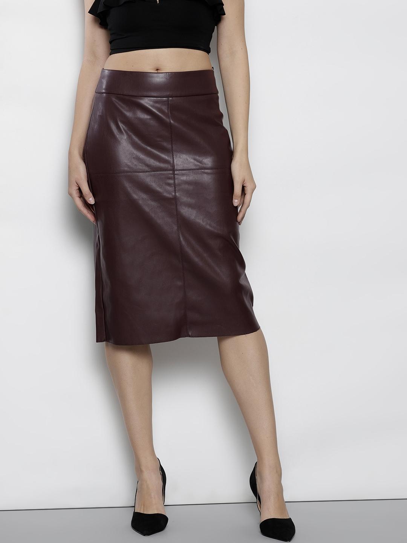 814d276dbd Buy DOROTHY PERKINS Women Burgundy Solid Straight Skirt - Skirts for ...