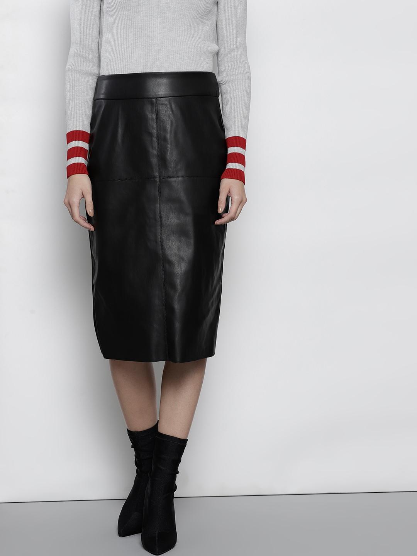 0113fe110 Buy DOROTHY PERKINS Women Black Solid Pencil Skirt - Skirts for ...