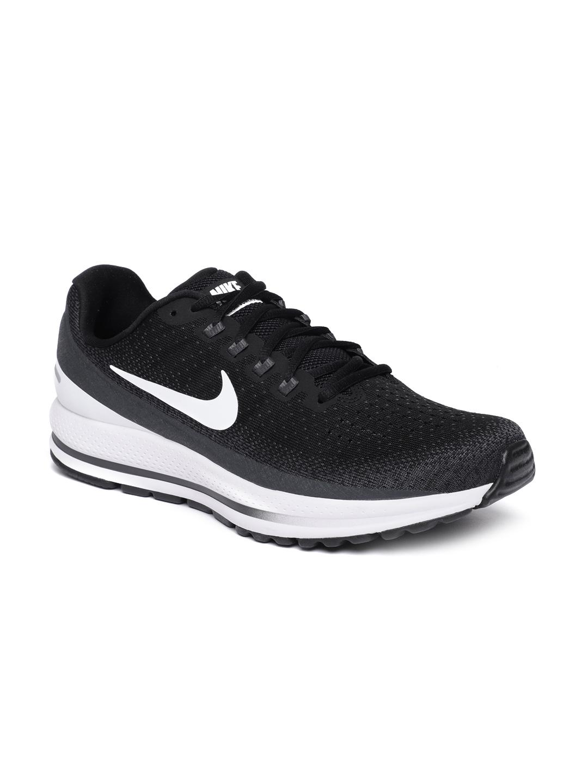 3286eef7f941c Buy Nike Men Black NIKE AIR ZOOM VOMERO 13 Running Shoes - Sports ...