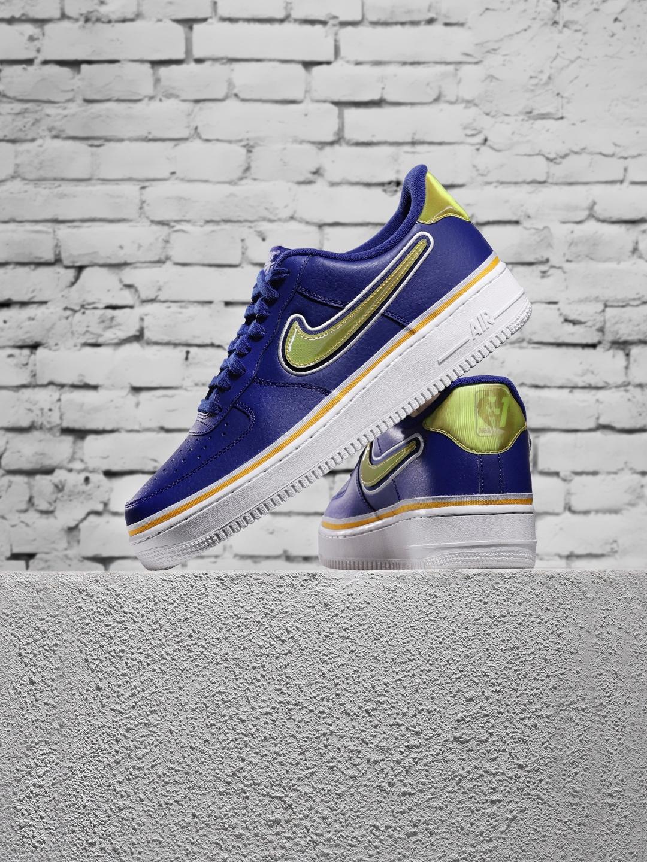 Buy Nike Men Blue Air Force 1 '07 LV8