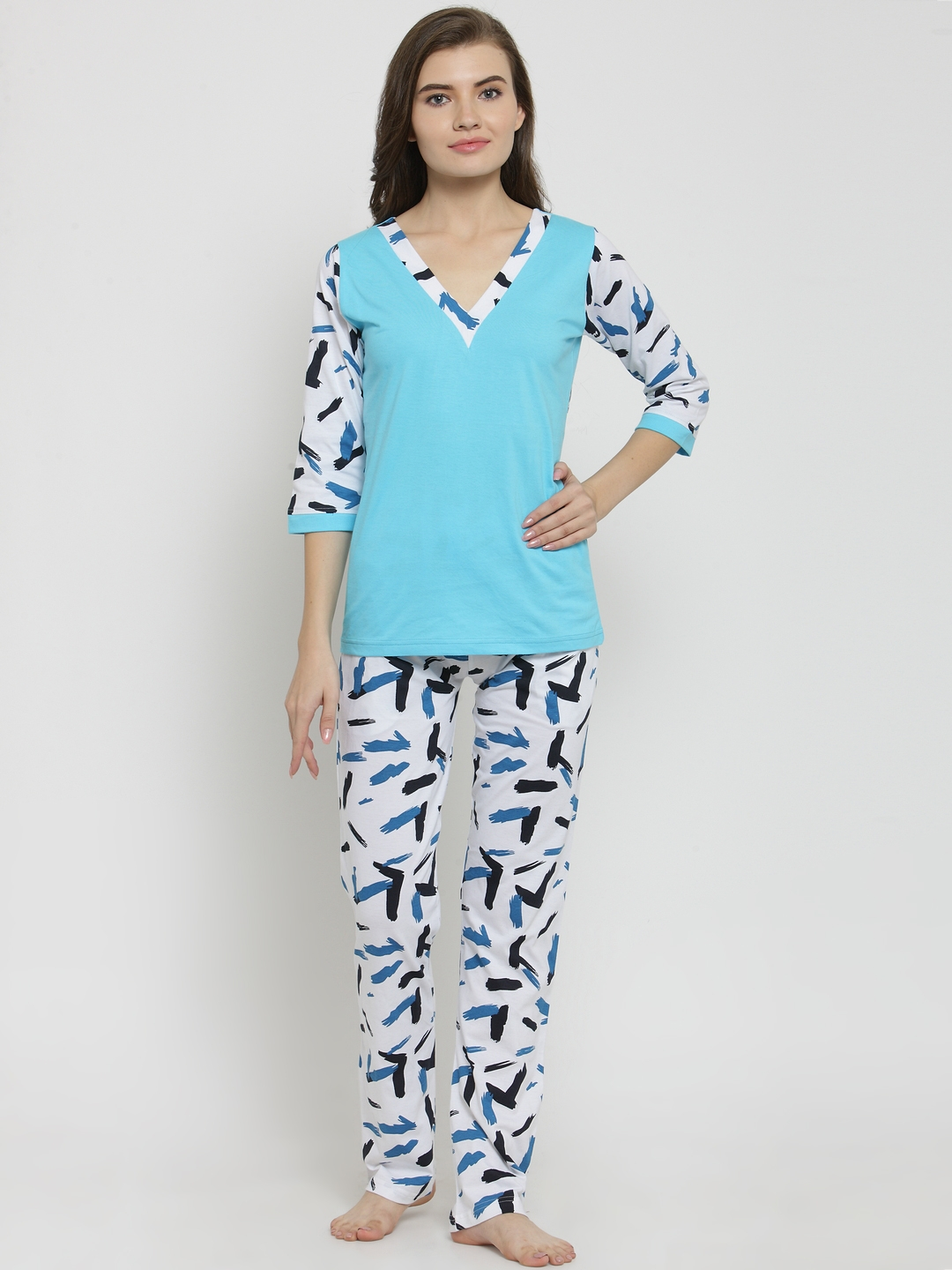 5cb89ab5db Buy Claura Women Turquoise Blue   White Printed Night Suit Cot 109 ...