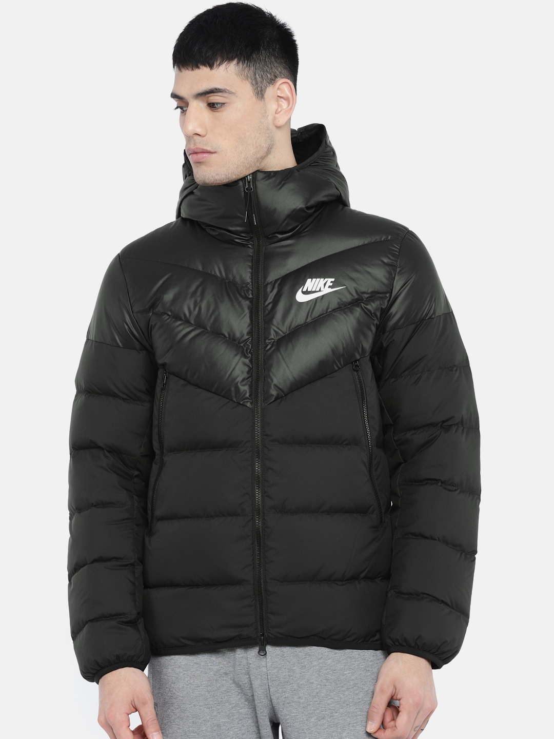 buy online 3bddc d8176 Nike Men Black Solid NSW DWN FILL WR Standard Fit Water Resistant Hooded  Puffer Jacket