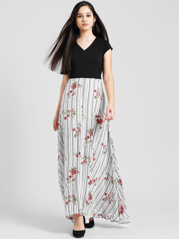f0b5ccb963 Buy Zink London Women Black Printed Maxi Dress - Dresses for Women ...