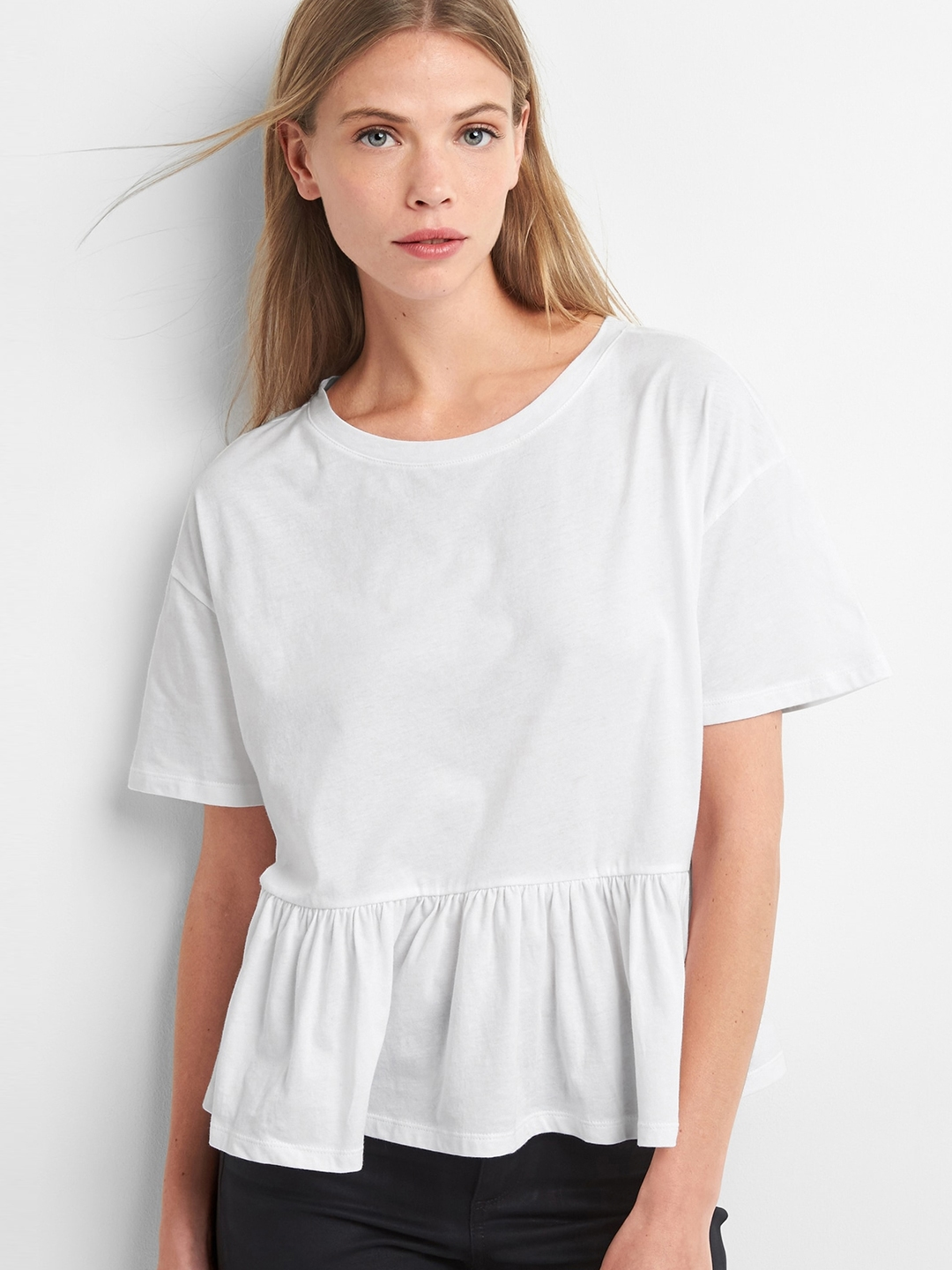 GAP White Solid Short Sleeve Ruffle Pure Cotton Top