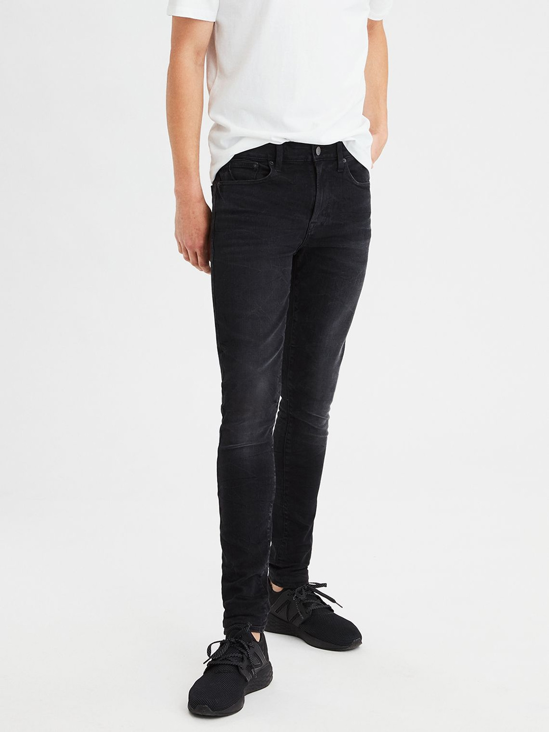 1b8bd802 AMERICAN EAGLE OUTFITTERS Men Black Regular Fit High-Rise Clean Look  Stretchable Jeans