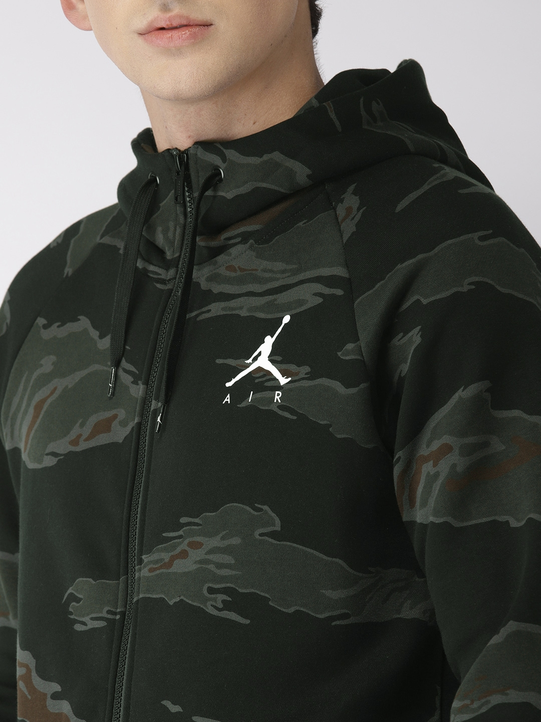 10a02065d63622 Buy Nike Men Black   Olive Green Printed Standard Fit Jordan JUMPMAN ...