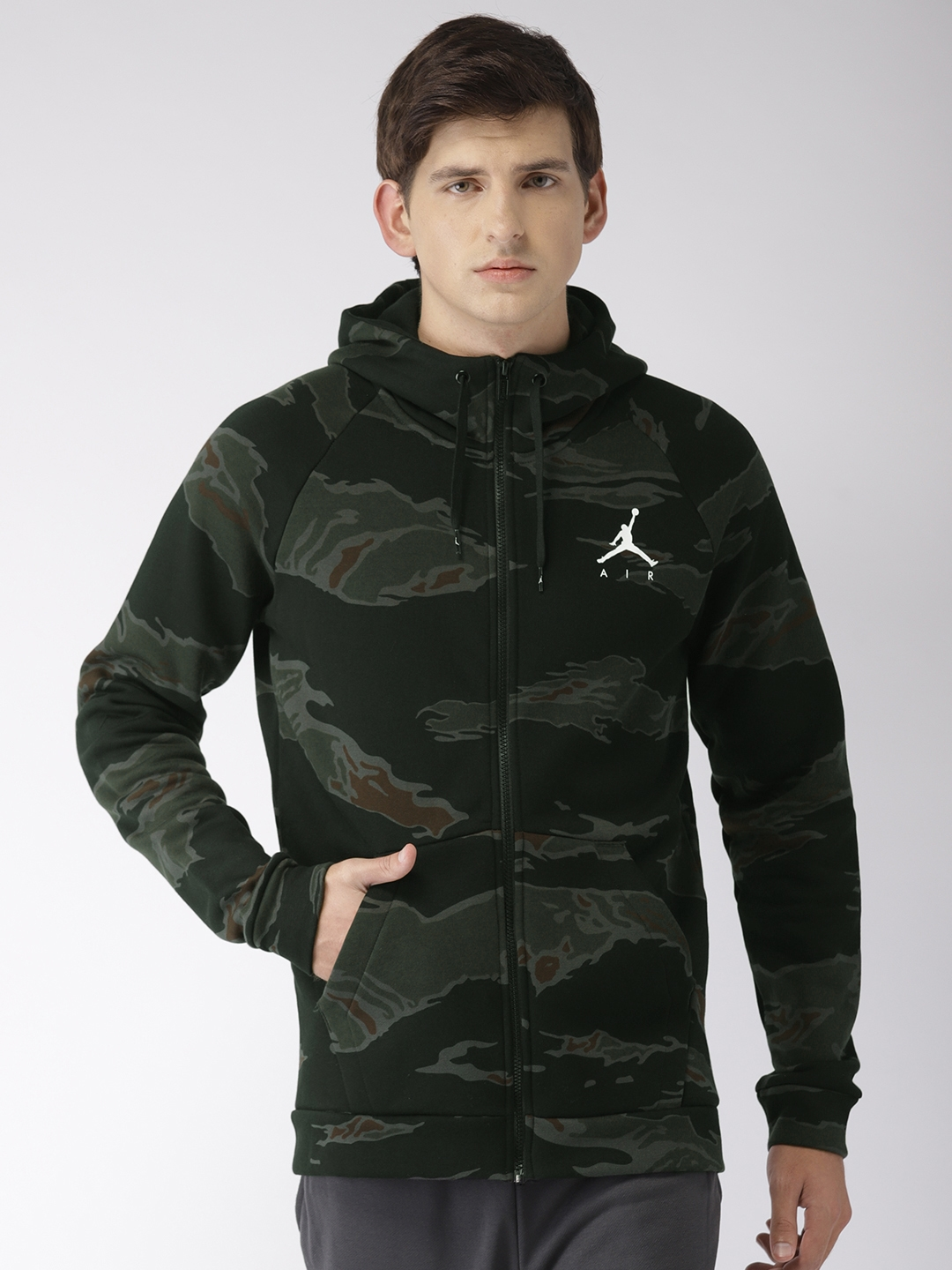 5bcf57a8ac4532 Nike Men Black   Olive Green Printed Standard Fit Jordan JUMPMAN FLEECE  CAMO Sweatshirt