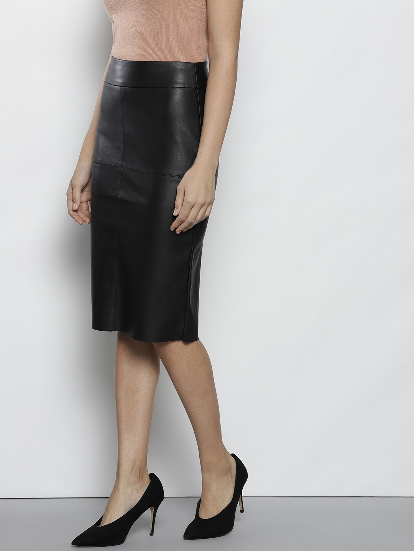 d0530ca8a1 Buy DOROTHY PERKINS Women Petite Black Faux Leather Midi Pencil ...
