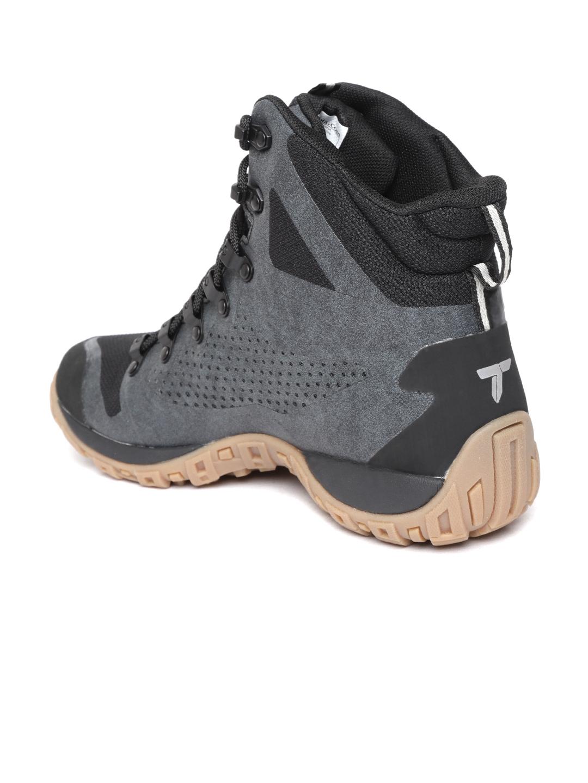 40d0b435da Columbia Men Grey   Black Peakfreak Venture Titanium Outdry Trekking Shoes