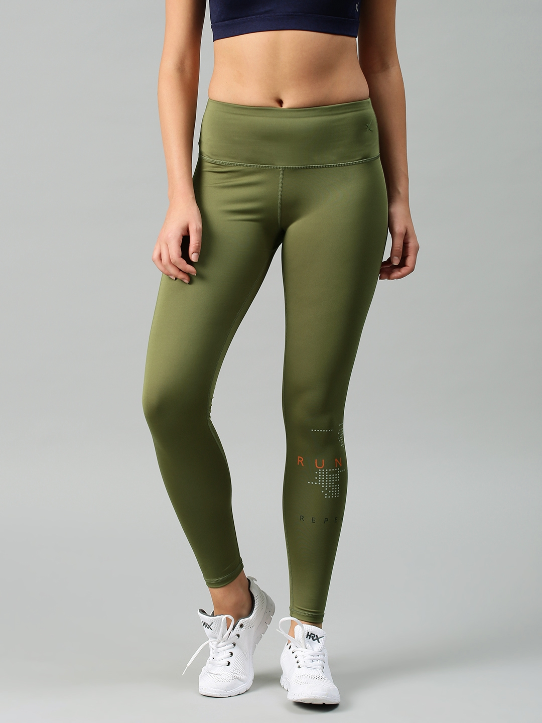 75a78f9b0 Buy HRX By Hrithik Roshan Women Olive Green Rapid Dry Cropped ...