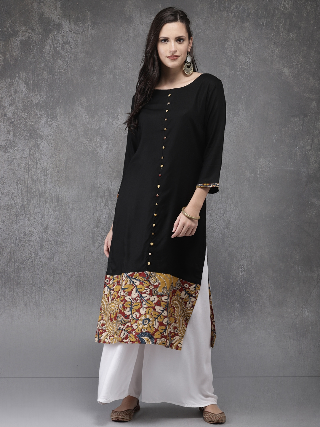 Anouk Women Black Solid Straight Kurta