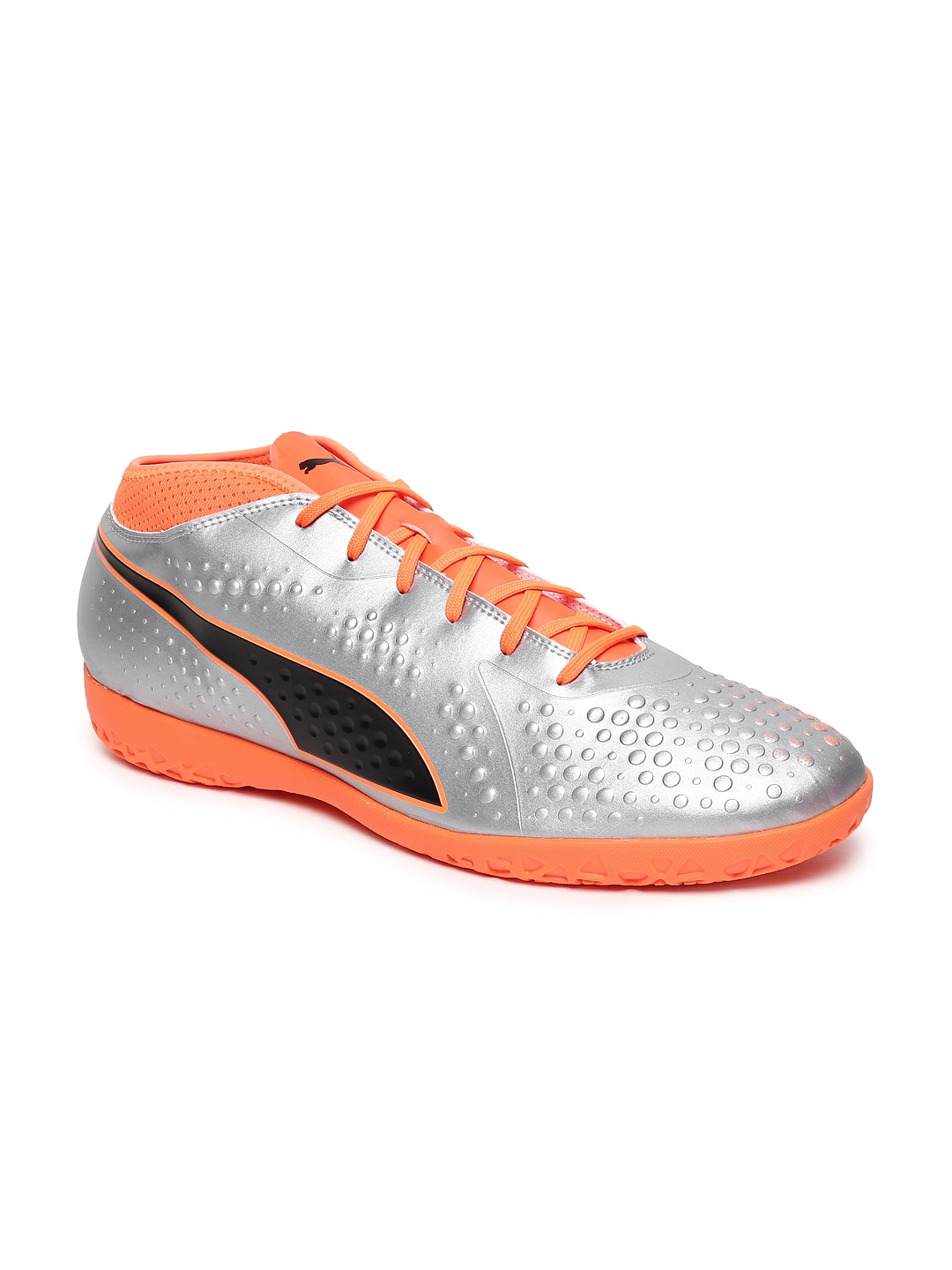 Buy Puma Men Silver Toned Solid ONE 4 Syn IT Football Shoes - Sports ... 98910eb6d