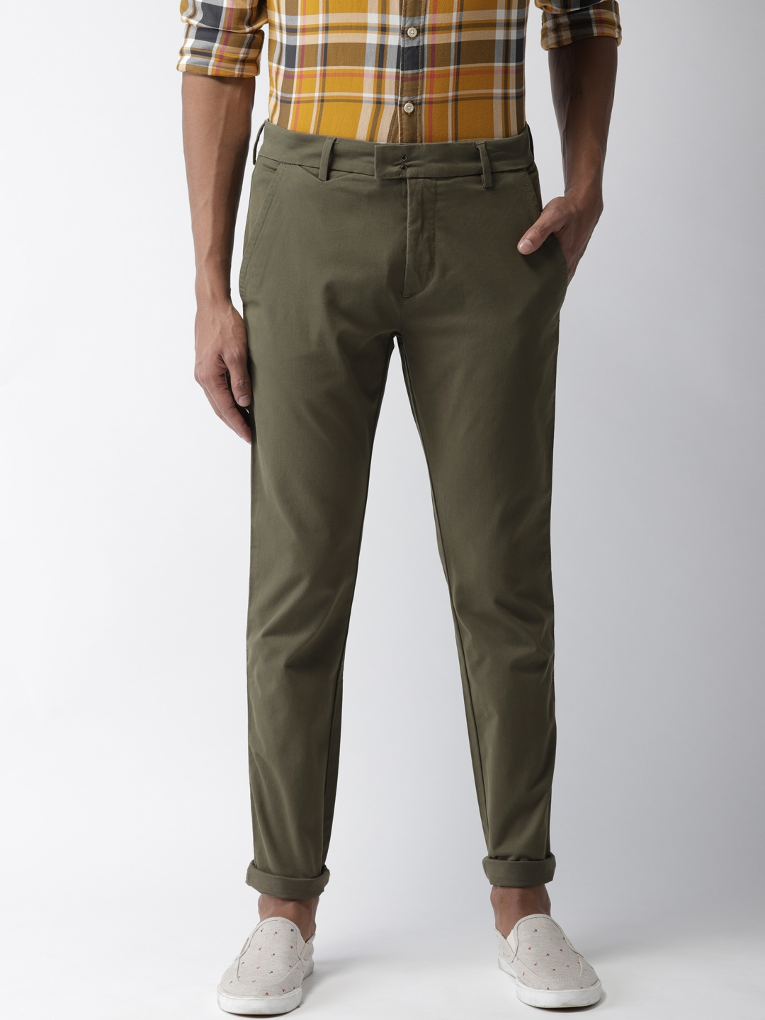295749e6d8d Buy Levis Men Olive Green 512 Slim Tapered Fit Solid Chinos ...