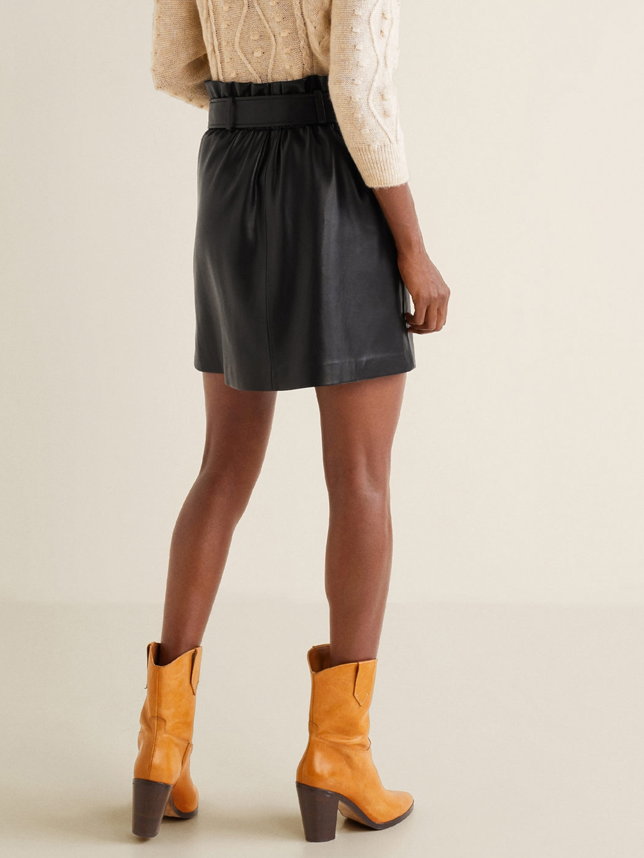 6a55c59d607 Buy MANGO Women Black Solid Faux Leather A Line Mini Skirt - Skirts ...