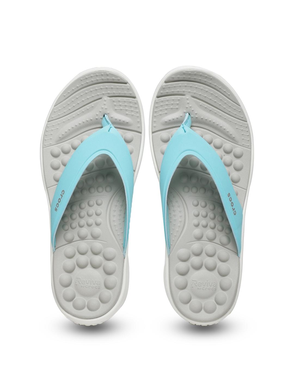 862733b9c Buy Crocs Women Blue Reviva Thong Flip Flops - Flip Flops for Women ...