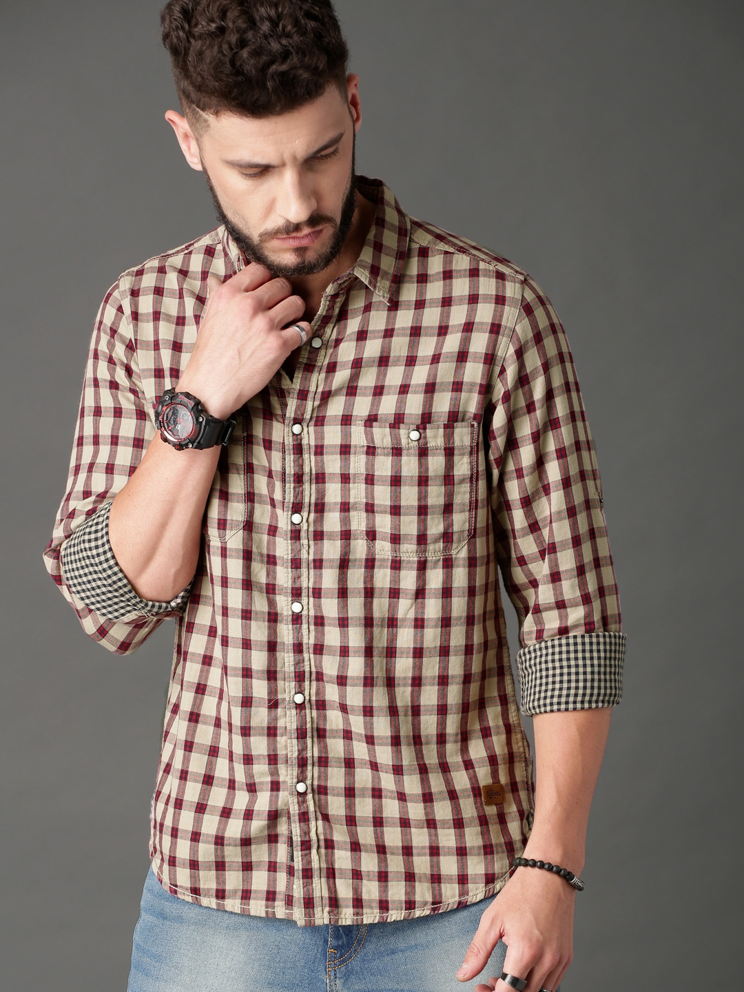 9185f8f4f1d Buy Roadster Men Beige & Red Double Cloth Summer Check Casual Shirt ...
