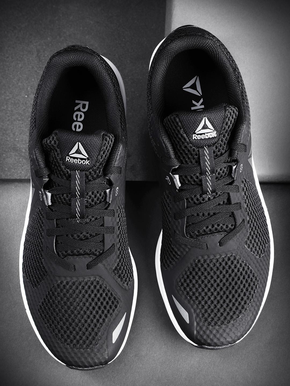 b1edf8778e Reebok Men Black Endless Road Running Shoes