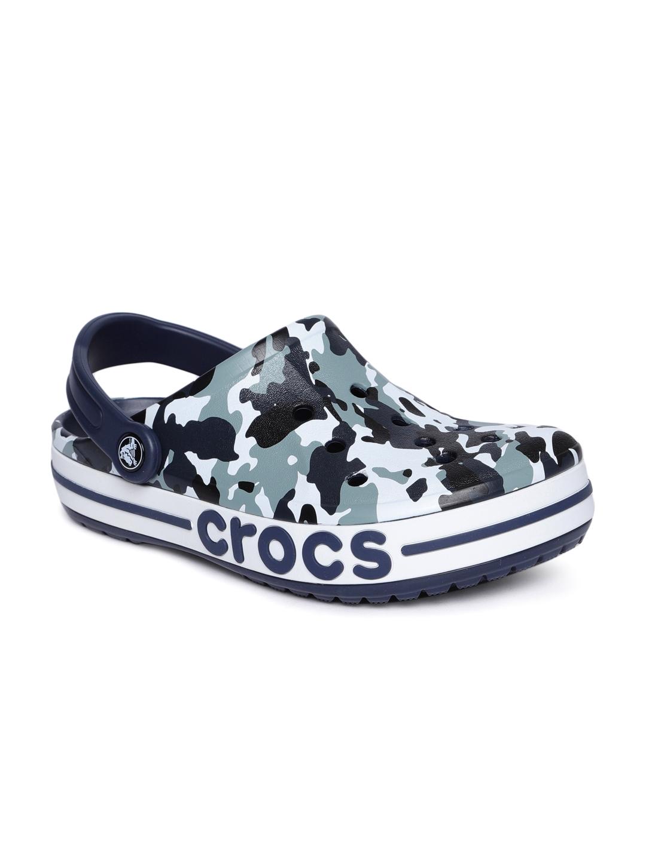 d15a959398943 Buy Crocs Unisex Blue & White Bayaband Camouflage Printed Clogs ...