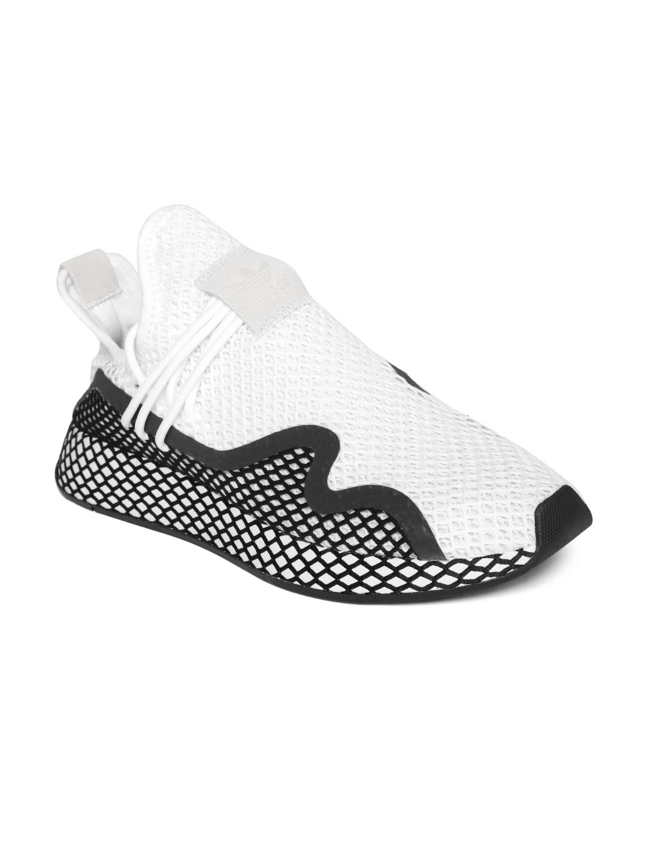 39f23f97 ADIDAS Originals Men White & Black DEERUPT S Colourblocked Sneakers