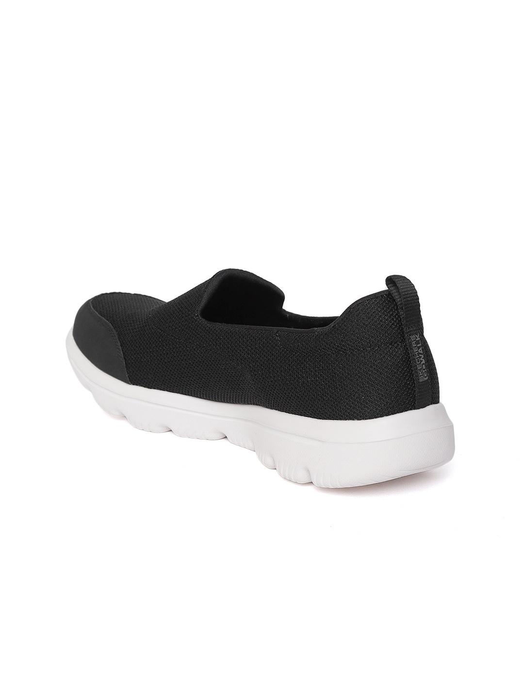 c6e01f6b55096 Buy Skechers Women Black Go Walk Evolution Ultra Reach Walking Shoes ...