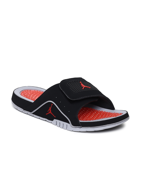 new product cc3ae a72ad Nike Men Black JORDAN HYDRO IV RETRO Solid Sliders