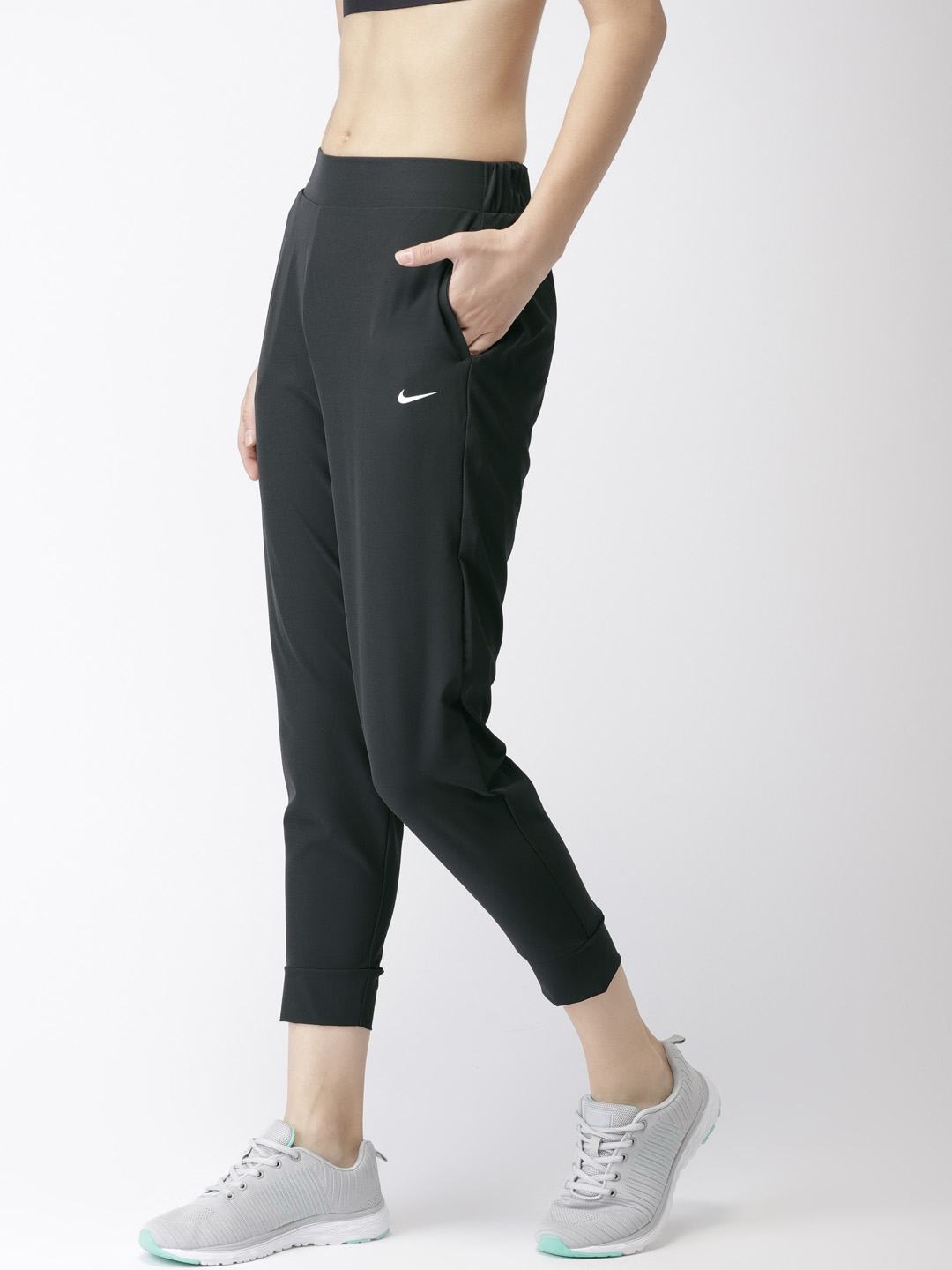 c38a3a71a654ea Nike Women Black Slim Fit Solid BLISS VCTRY DRI-FIT Cropped Joggers