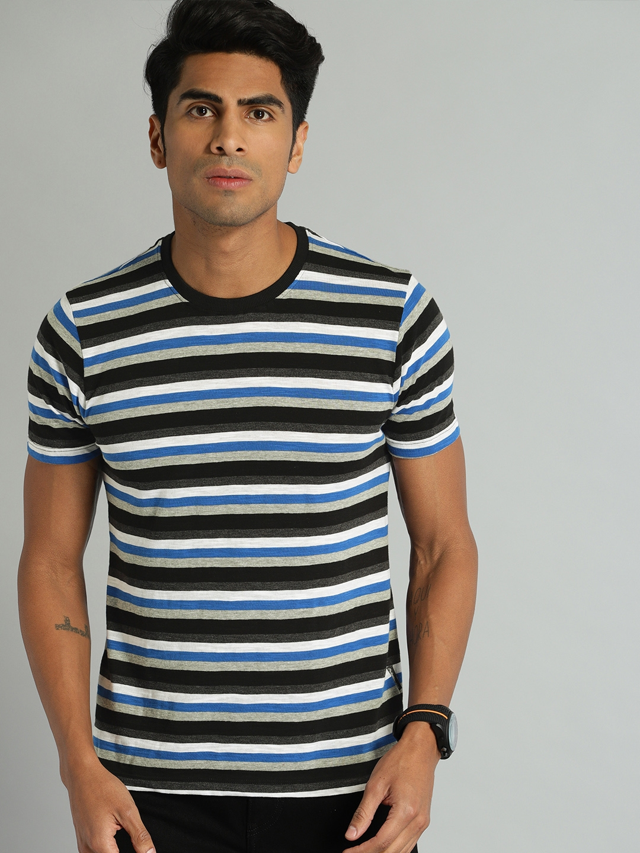 Roadster Men Black   Grey Striped Round Neck T shirt