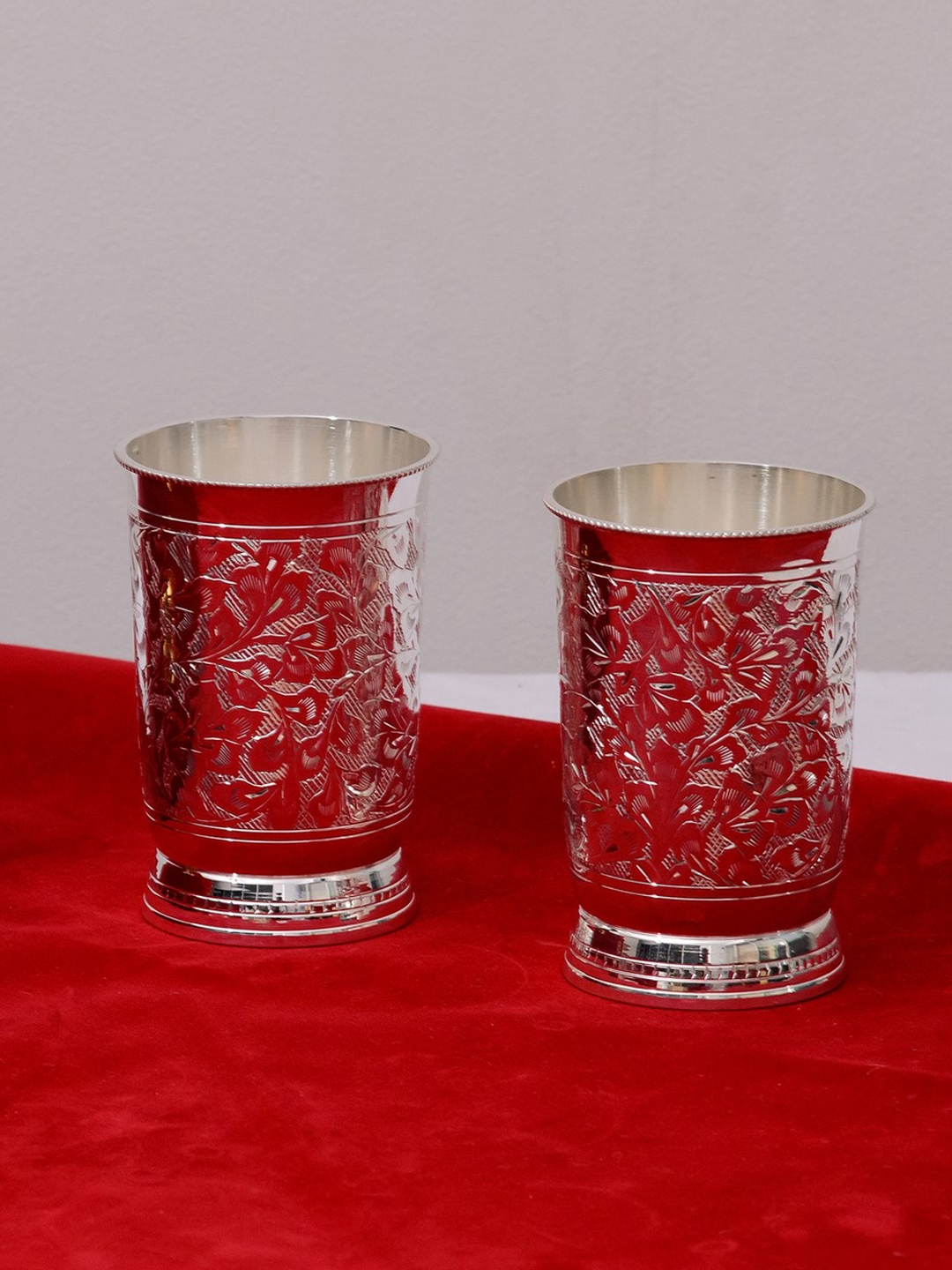 eCraftIndia Set of 2 Silver Toned Glass Set with Box