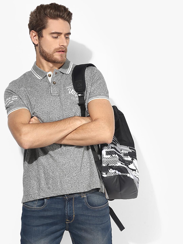 U.S. Polo Assn. Men Grey Solid Round Neck T shirt