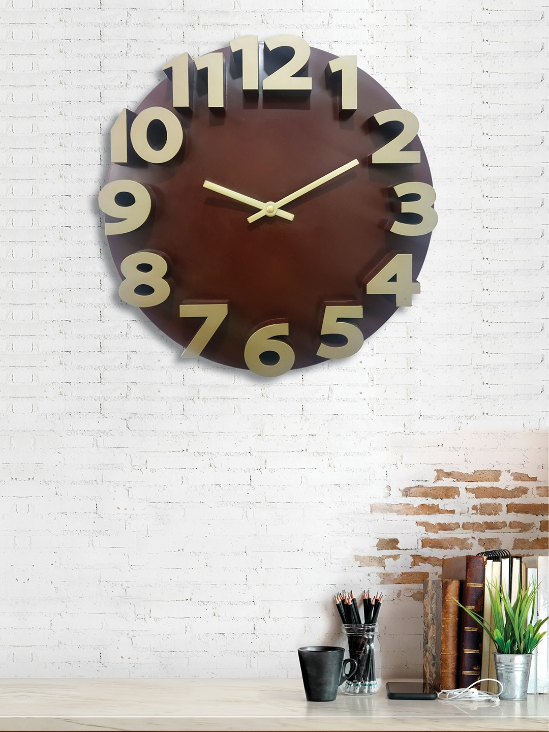 RANDOM Brown   Gold Toned Round Solid 35 cm Analogue Wall Clock