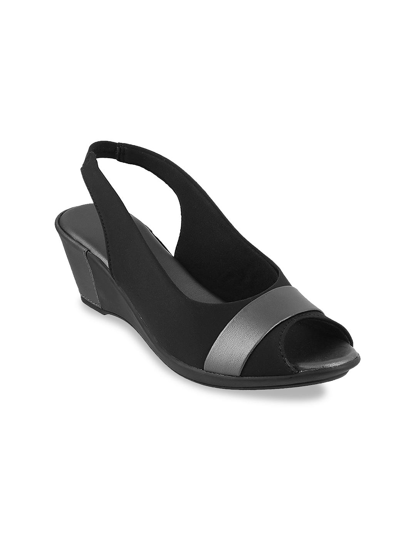 LEMON   PEPPER Women Black Solid Wedges