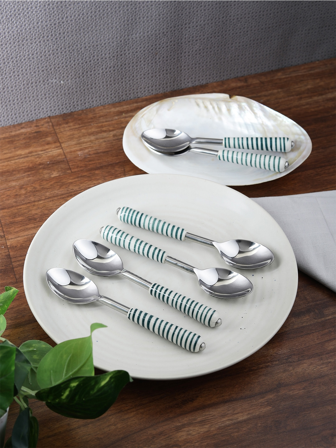 VarEesha Set Of 6 Green Stainless Steel Spoons Set